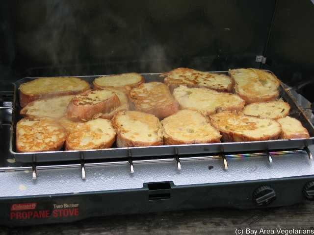 French toast for hungry campers