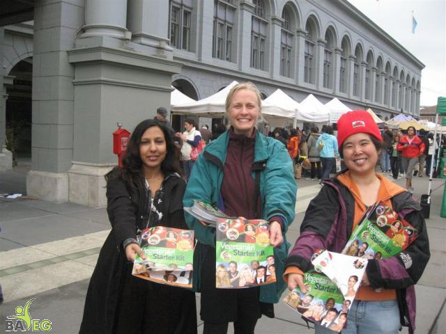 Mila, Alex, & Tammy are ready to leaflet with PETA VSKs